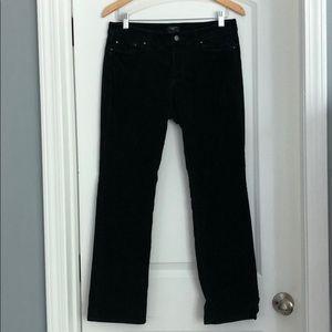 ⭐️Ann Taylor black pants size 8P curvy.